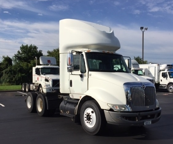 Day Cab Tractor-Heavy Duty Tractors-International-2007-8600-ALLENTOWN-PA-180,290 miles-$23,000