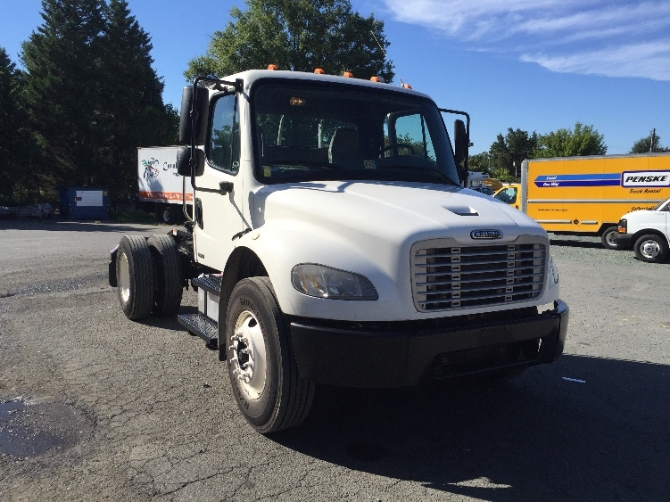 Day Cab Tractor-Heavy Duty Tractors-Freightliner-2007-M2-CHARLOTTESVILLE-VA-188,700 miles-$25,000