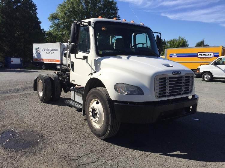 Day Cab Tractor-Heavy Duty Tractors-Freightliner-2007-M2-CHARLOTTESVILLE-VA-242,445 miles-$23,500