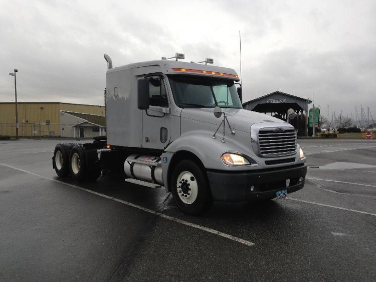 Sleeper Tractor-Heavy Duty Tractors-Freightliner-2007-Columbia CL12064ST-EVERETT-WA-218,699 miles-$39,750