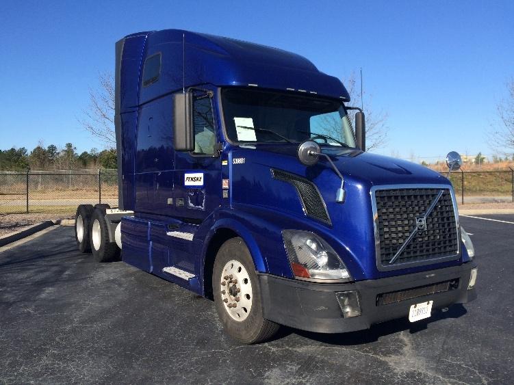 Sleeper Tractor-Heavy Duty Tractors-Volvo-2011-VNL64T670-MEBANE-NC-472,741 miles-$34,250