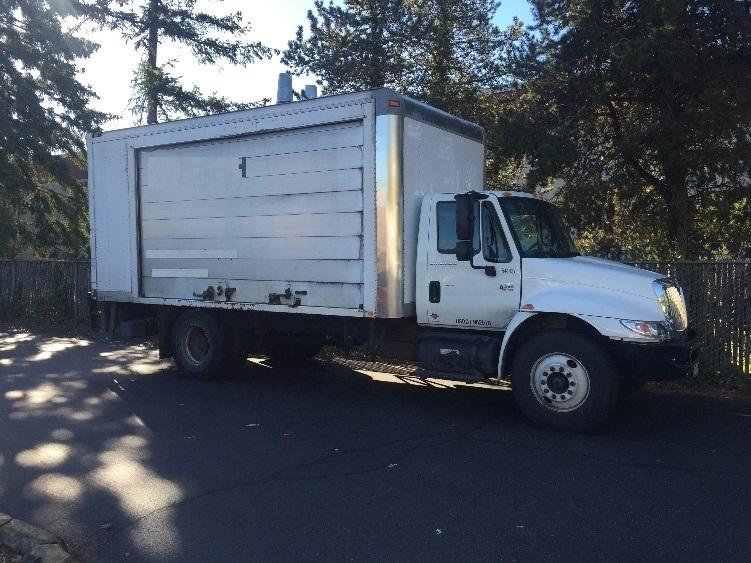 Medium Duty Box Truck-Light and Medium Duty Trucks-International-2007-4300-KENT-WA-273,819 miles-$12,250