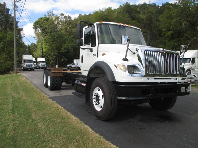 Cab and Chassis Truck-Light and Medium Duty Trucks-International-2007-7600-KNOXVILLE-TN-516,839 miles-$25,000
