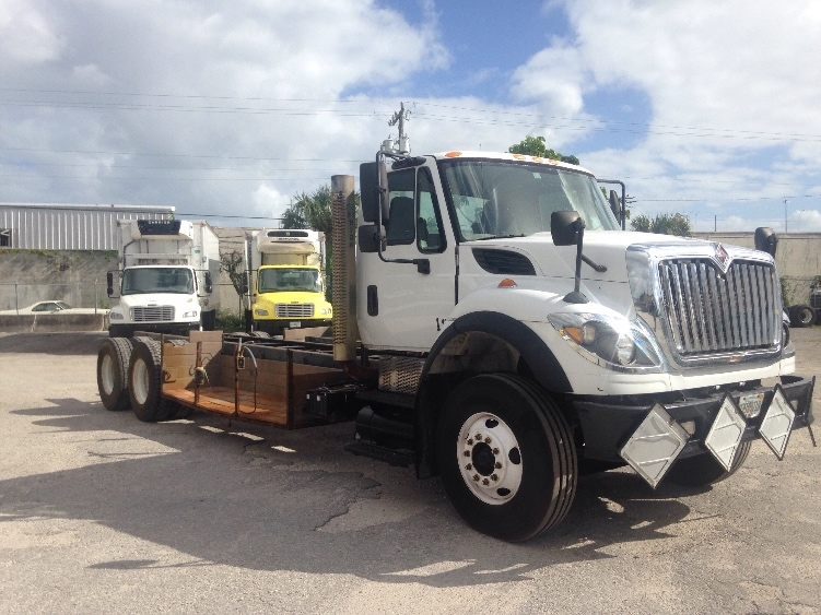 Cab and Chassis Truck-Light and Medium Duty Trucks-International-2008-7600-MIAMI-FL-151,355 miles-$39,500
