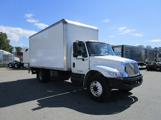 Medium Duty Box Truck-Light and Medium Duty Trucks-International-2008-4200-BURNABY-BC-147,510 km-$23,750