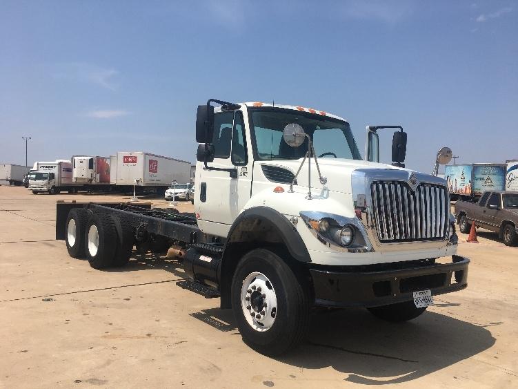 Cab and Chassis Truck-Light and Medium Duty Trucks-International-2008-7600-ARLINGTON-TX-204,737 miles-$35,250