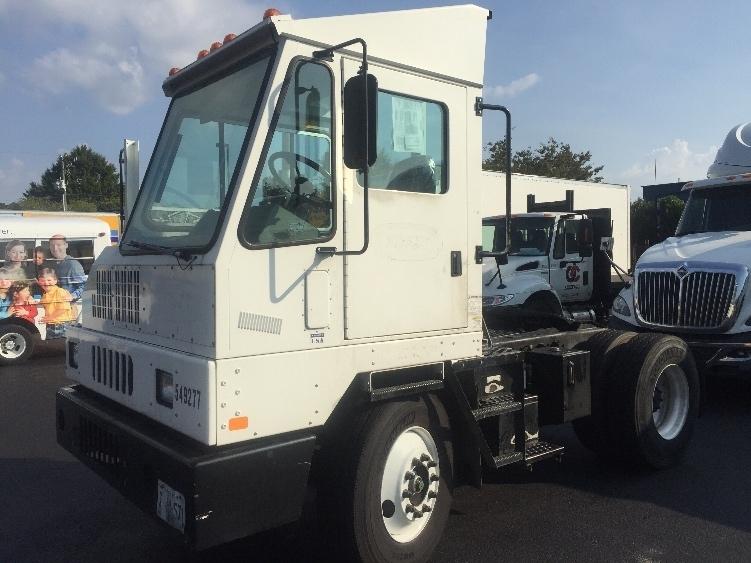 Yard Truck-Heavy Duty Tractors-Ottawa-2007-YT30-CHESAPEAKE-VA-113,210 miles-$40,250
