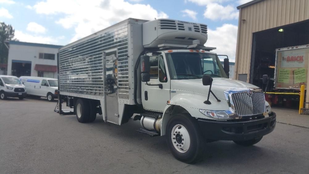 Reefer Truck-Light and Medium Duty Trucks-International-2008-4300-BURNABY-BC-211,024 km-$29,500