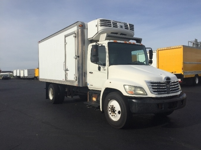 Reefer Truck-Light and Medium Duty Trucks-Hino-2008-338-PERRYSBURG-OH-298,642 miles-$17,750