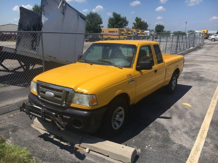 Pickup Truck-Light and Medium Duty Trucks-Ford-2008-RANGER-LINCOLN-NE-320,988 miles-$2,000