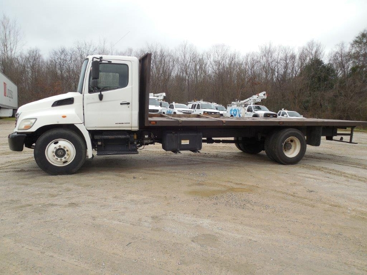 Flatbed Truck-Light and Medium Duty Trucks-Hino-2008-268-MACON-GA-236,285 miles-$21,000
