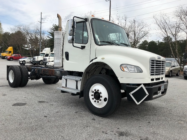 Cab and Chassis Truck-Light and Medium Duty Trucks-Freightliner-2011-M2-ATLANTA-GA-255,423 miles-$26,250