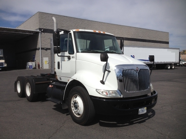 Day Cab Tractor-Heavy Duty Tractors-International-2008-8600-LAS VEGAS-NV-111,377 miles-$27,000