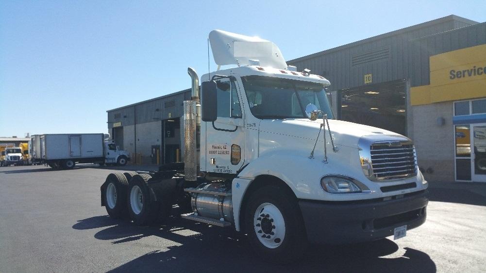 Day Cab Tractor-Heavy Duty Tractors-Freightliner-2008-Columbia CL12064ST-PHOENIX-AZ-357,222 miles-$28,000