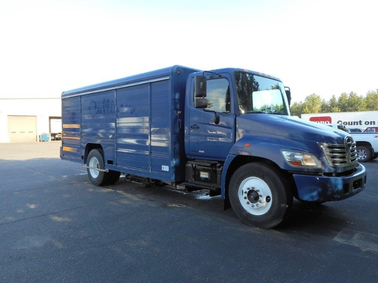 Beverage Truck-Light and Medium Duty Trucks-Hino-2008-268-EAU CLAIRE-WI-181,066 miles-$23,750