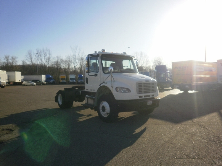Day Cab Tractor-Heavy Duty Tractors-Freightliner-2008-M2-AKRON-OH-123,801 miles-$26,500