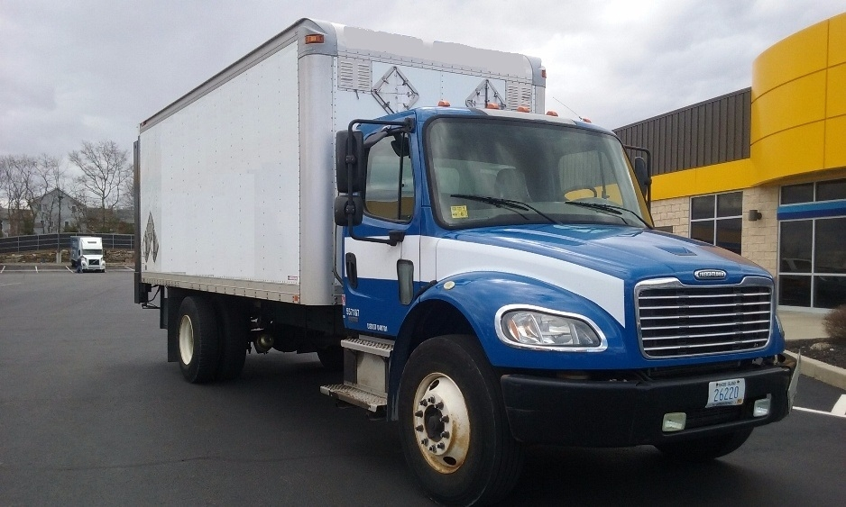 Medium Duty Box Truck-Light and Medium Duty Trucks-Freightliner-2009-M2-CRANSTON-RI-159,470 miles-$20,250
