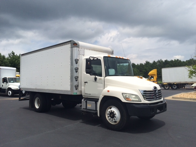Medium Duty Box Truck-Light and Medium Duty Trucks-Hino-2009-268-ATLANTA-GA-229,993 miles-$26,250