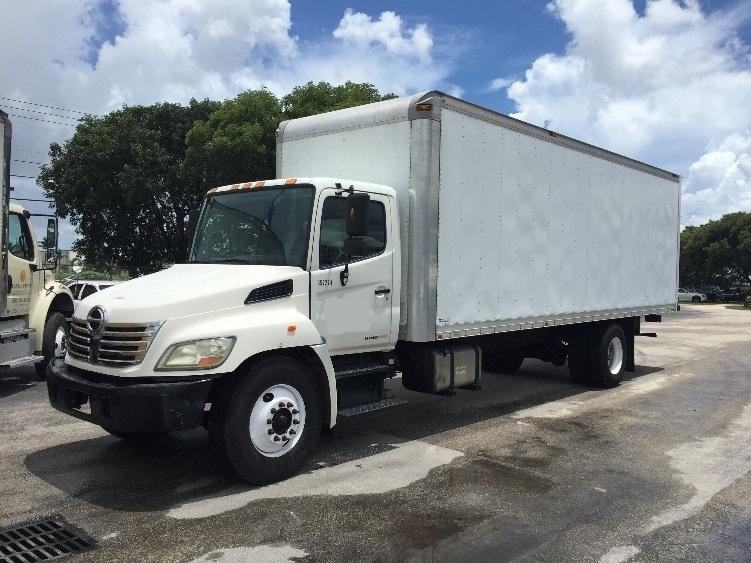 Medium Duty Box Truck-Light and Medium Duty Trucks-Hino-2009-268-MEDLEY-FL-379,602 miles-$17,750