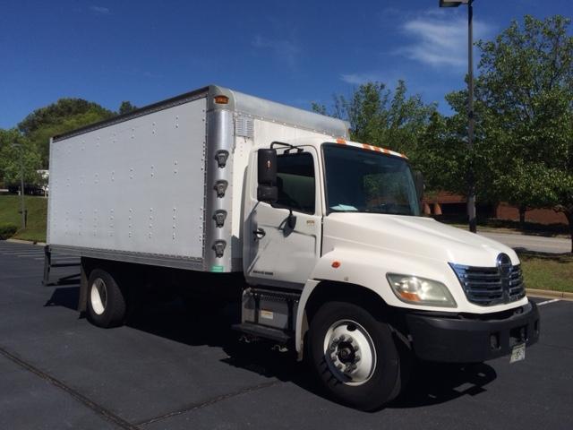 Medium Duty Box Truck-Light and Medium Duty Trucks-Hino-2009-268-ATLANTA-GA-188,911 miles-$22,250