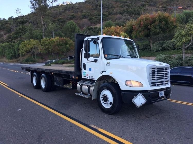Flatbed Truck-Light and Medium Duty Trucks-Freightliner-2009-M211264S-TORRANCE-CA-465,769 miles-$33,000