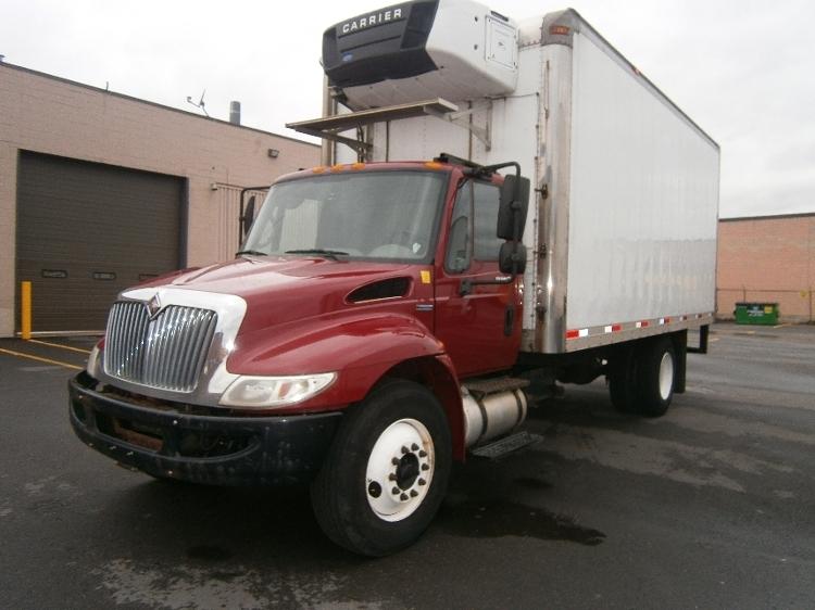 Reefer Truck-Light and Medium Duty Trucks-International-2009-4300-TORONTO-ON-353,152 km-$28,500