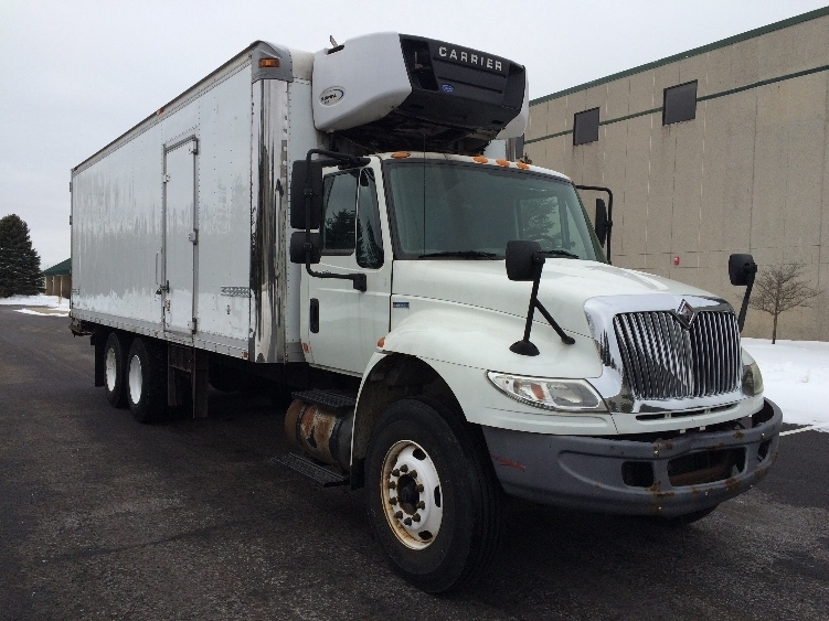 Reefer Truck-Light and Medium Duty Trucks-International-2009-4400-ROSEVILLE-MN-289,507 miles-$10,500