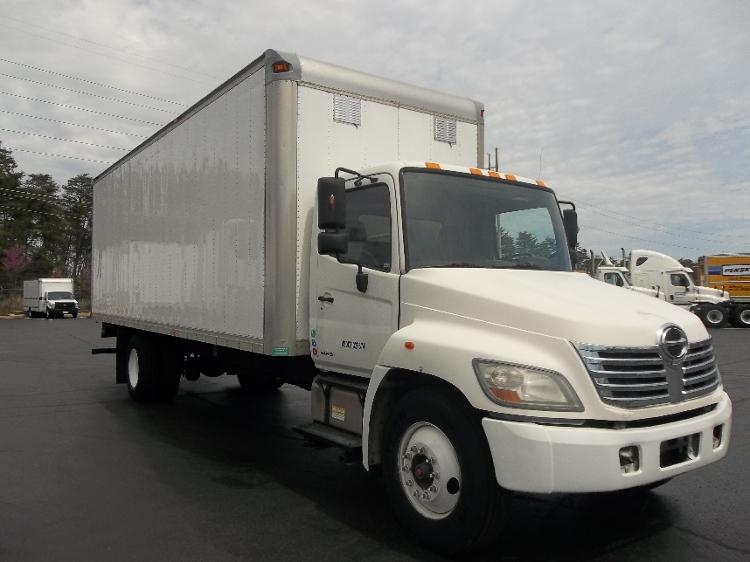 Medium Duty Box Truck-Light and Medium Duty Trucks-Hino-2009-338-MANASSAS-VA-272,504 miles-$21,500