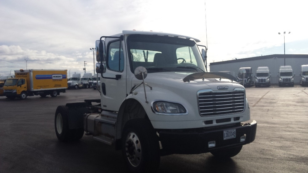 Day Cab Tractor-Heavy Duty Tractors-Freightliner-2011-M2-SAINT LAURENT-PQ-120,474 km-$40,000