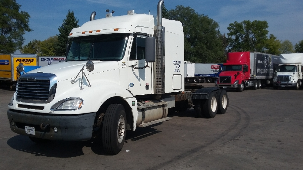 Sleeper Tractor-Heavy Duty Tractors-Freightliner-2009-Columbia CL12064ST-BROOKLYN PARK-MN-607,549 miles-$24,500