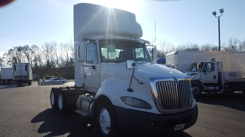 Day Cab Tractor-Heavy Duty Tractors-International-2009-ProStar-WEST CHICAGO-IL-524,815 miles-$27,500