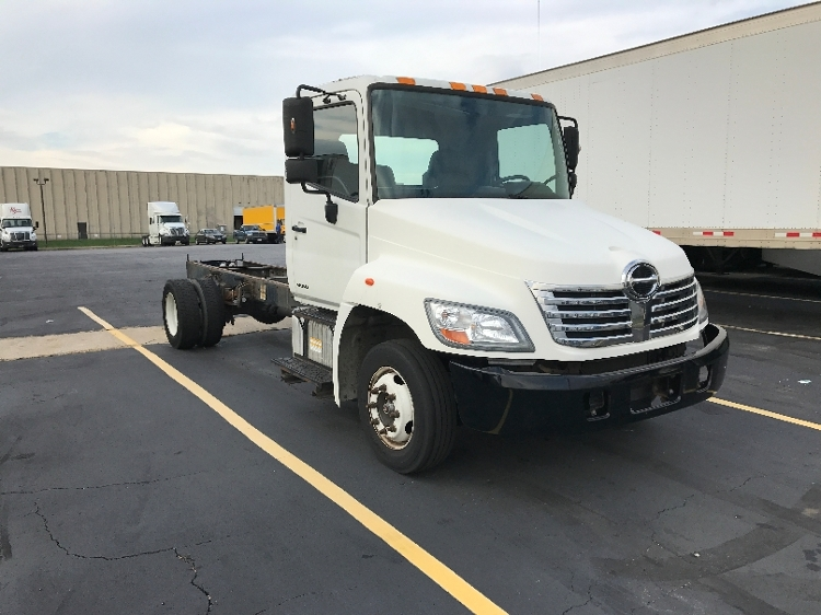 Cab and Chassis Truck-Light and Medium Duty Trucks-Hino-2009-258LP-EARTH CITY-MO-335,442 miles-$16,250