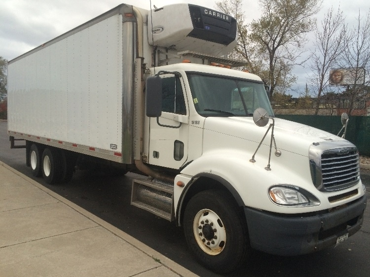 Reefer Truck-Heavy Duty Tractors-Freightliner-2009-Columbia CL12064ST-TORONTO-ON-220,871 km-$61,250
