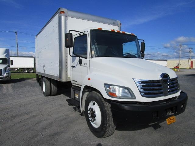 Medium Duty Box Truck-Light and Medium Duty Trucks-Hino-2009-338-ALBANY-NY-188,459 miles-$21,000