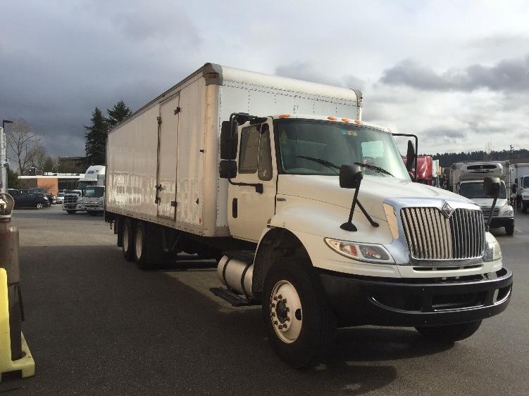 Medium Duty Box Truck-Light and Medium Duty Trucks-International-2009-4400-DELTA-BC-222,315 km-$33,500