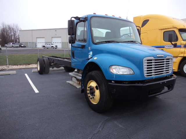 Cab and Chassis Truck-Light and Medium Duty Trucks-Freightliner-2009-M2-BENSALEM-PA-178,858 miles-$18,750