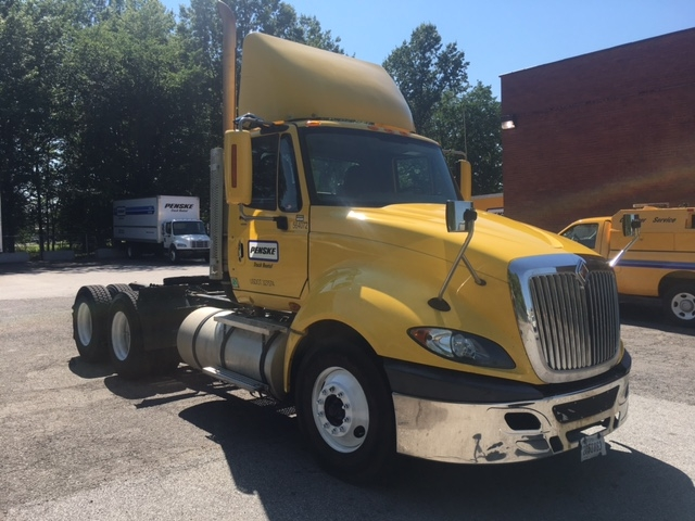Day Cab Tractor-Heavy Duty Tractors-International-2009-ProStar-BROOK PARK-OH-480,716 miles-$22,750