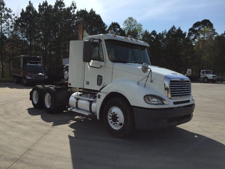 Day Cab Tractor-Heavy Duty Tractors-Freightliner-2009-Columbia CL12064ST-KENNESAW-GA-573,311 miles-$25,250