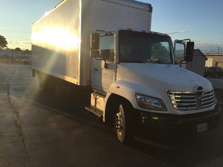 Medium Duty Box Truck-Light and Medium Duty Trucks-Hino-2009-258LP-BALTIMORE-MD-124,656 miles-$27,500