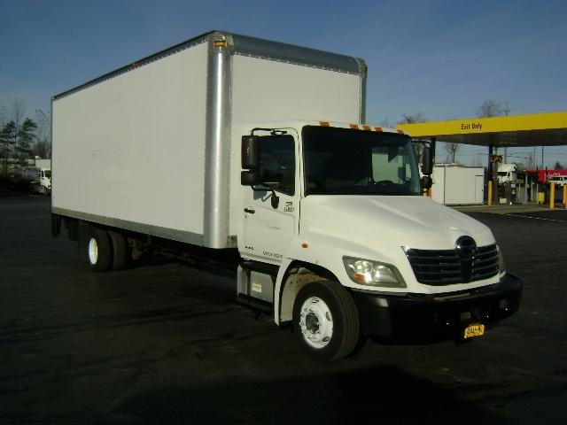 Medium Duty Box Truck-Light and Medium Duty Trucks-Hino-2009-258LP-BUFFALO-NY-142,613 miles-$28,000