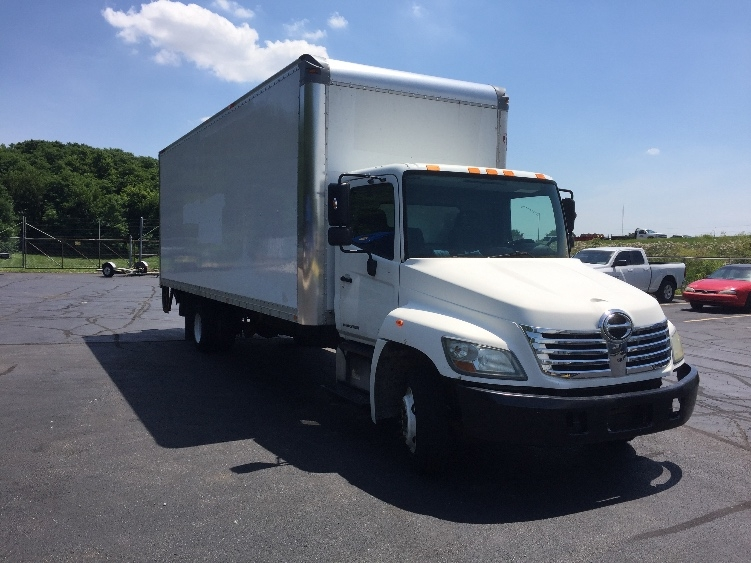 Medium Duty Box Truck-Light and Medium Duty Trucks-Hino-2009-258LP-INDIANAPOLIS-IN-155,847 miles-$24,750
