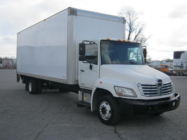 Medium Duty Box Truck-Light and Medium Duty Trucks-Hino-2009-258LP-FORT WAYNE-IN-181,218 miles-$25,750