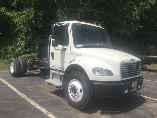 Cab and Chassis Truck-Light and Medium Duty Trucks-Freightliner-2009-M2-ALEXANDRIA-VA-224,238 miles-$20,750