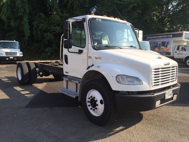 Cab and Chassis Truck-Light and Medium Duty Trucks-Freightliner-2009-M2-CAPITOL HEIGHTS-MD-186,592 miles-$23,250