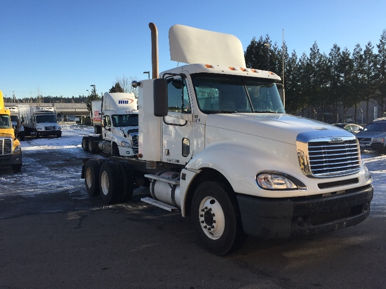 Medium Duty Box Truck-Heavy Duty Tractors-Freightliner-2009-Columbia CL12064ST-DELTA-BC-225,856 km-$54,500