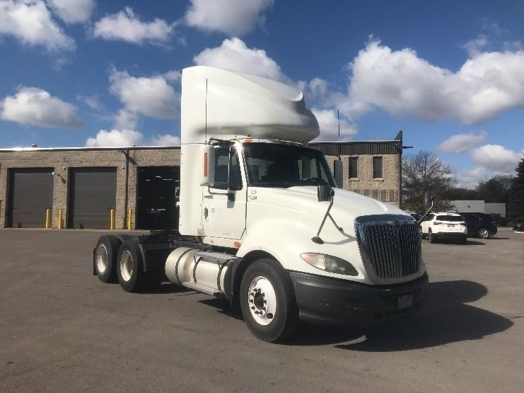 Day Cab Tractor-Heavy Duty Tractors-International-2009-ProStar-PEWAUKEE-WI-388,739 miles-$24,750