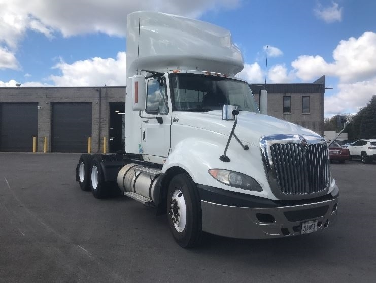 Day Cab Tractor-Heavy Duty Tractors-International-2009-ProStar-PEWAUKEE-WI-470,049 miles-$23,500