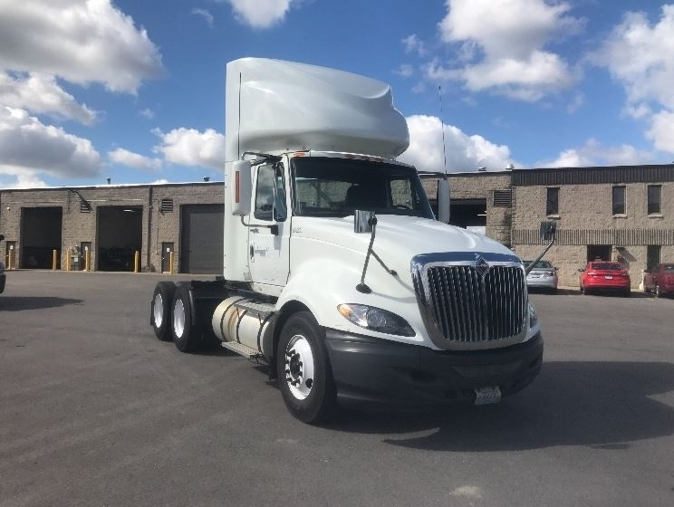 Day Cab Tractor-Heavy Duty Tractors-International-2009-ProStar-PEWAUKEE-WI-398,207 miles-$24,500