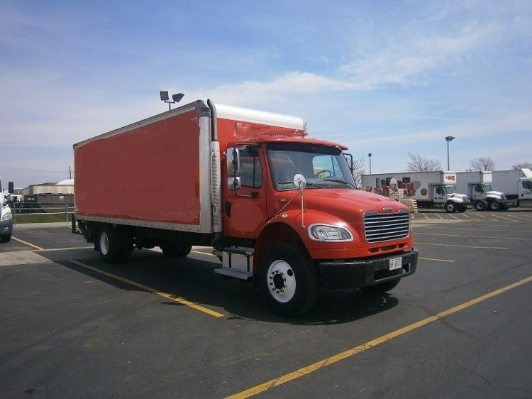 Medium Duty Box Truck-Light and Medium Duty Trucks-Freightliner-2009-M2-MISSISSAUGA-ON-178,888 km-$32,000