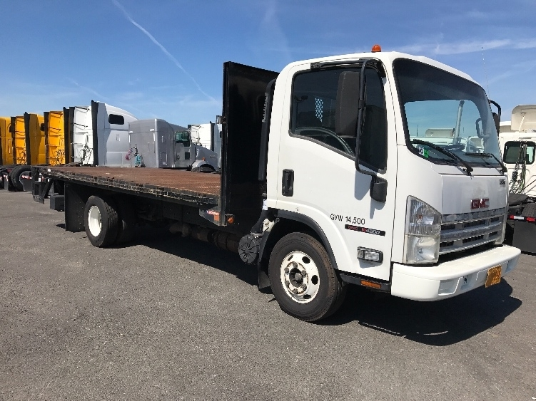 Flatbed Truck-Light and Medium Duty Trucks-GMC-2009-W4500-TORRANCE-CA-46,169 miles-$32,500